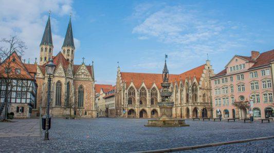 Der Altstadtmarkt mit dem Marienbrunnen. Foto: Vladan Rajkovic