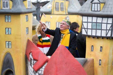 Braunschweigs Ehrenbürger Gerhard Glogowski (hier im Jahr 2018) begründete den Braunschweiger Straßenumzug 1979. Foto: Florian Kleinschmidt/Bestpixels