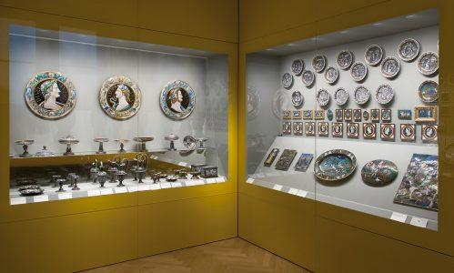 Die Präsentation der Limoges-Porzellan im zweiten Obergeschoss. Foto: Herzog Anton Ulrich-Museum