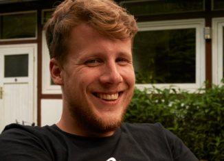 Ehrenamtliches Engagement lohnt sich: Nicolas Schlüter als Teamer bei einer Freizeit. Foto: Privat