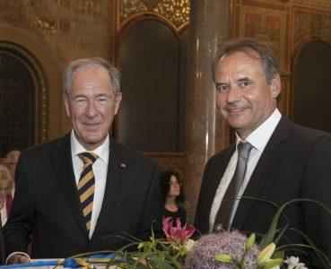 Dr. Gert Hoffmann übergab die Präsidentschaft der Stiftung Braunschweigischer Kulturbesitz 2017 an seinen Nachfolger Ulrich Markurth. Foto: Archiv/Peter Sierigk