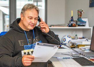 """Erik Lieberknecht hat gemeinsam mit dem Aktionsbündnis """"Eintracht hilft"""" den Gemeinsam-Preis 2021 gewonnen. Foto: Eintracht"""