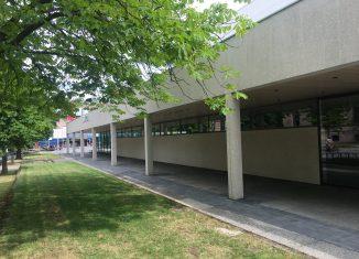 Gereinigte Fassade am Audimax der TU. Foto RBS