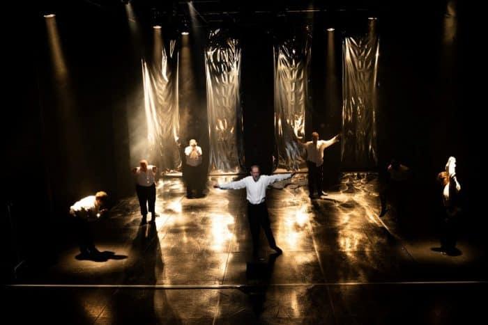 Die Braunschweigische Stiftung förderte die Machbarkeitsstudie des LOT-Theaters. Das Foto zeigt die Theatergruppe Endlich der Evangelischen Stiftung Neuerkerode bei einem Auftritt. Foto: DBS