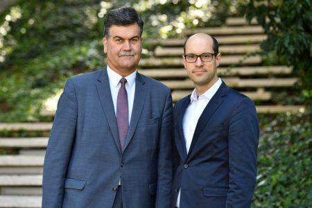 Führungswechsel: Axel Richter (links) übergab an Friedemann Schnur. Foto: DBS